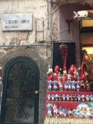 Via San Gregorio Armeno (la via dei Presepi)